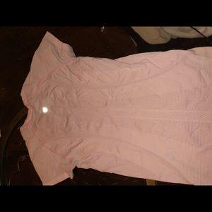 Lulu lemon pale pink T-shirt
